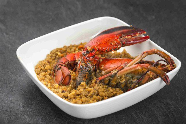 Los platos de cuchara y el pescado son la principal apuesta de Al Socaire que se consiguen con un resultado de calidad suprema
