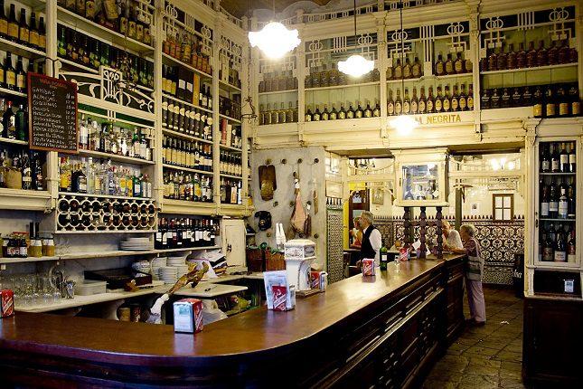 El rinconcillo es una visita obligada si visitas Sevilla